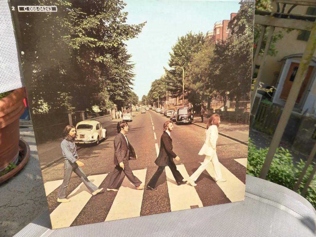 Abbey Road. Braucht natürlich keinen Kommentar. Here Comes The Sun.