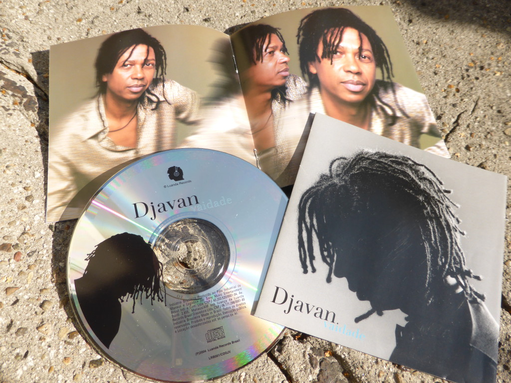 Djavan aus Maceio, Alagoas, Brasil. A voice to kill and die for.