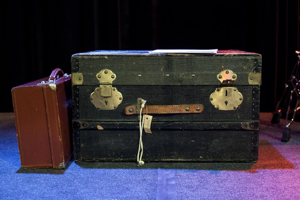 In dieser Box hat es ein brandneues Repertoire mit momentan 13 Songs.